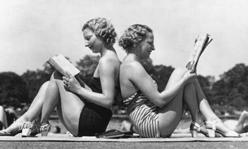 twins reading